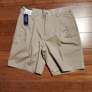 NWT Roundtree and Yorke Men's Dress Shorts